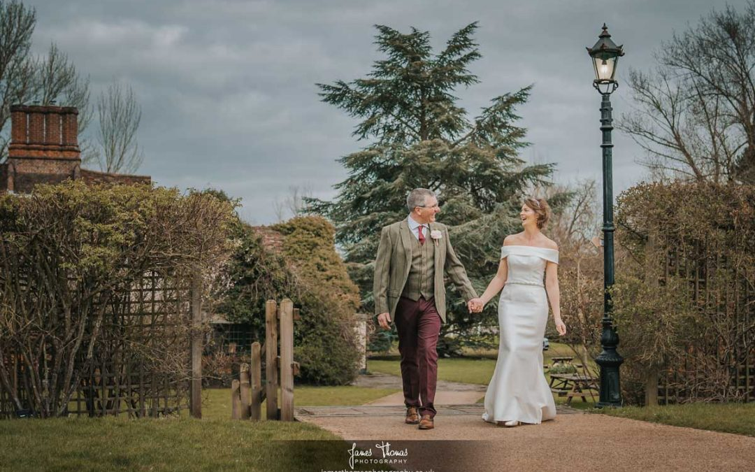 White Hart Great Yeldham Wedding Photographer | Sarah and Rodger